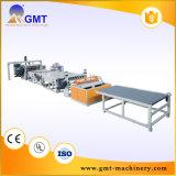 Producción plástica de la placa transparente de la hoja de PMMA que saca haciendo la línea de la máquina
