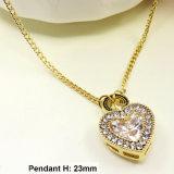 Collar cristalino de la alta calidad en forma de corazón de la aleación del cinc (5200013-010666)