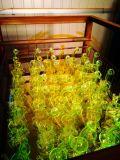 El vidrio verde de cristal del cenicero del arte del tazón de fuente alto del color del reciclador del tabaco del fabricante de la corona transmite el tubo de agua de cristal de la burbuja embriagadora del cubilete
