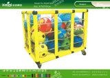 Большинств игрушек игры детей для заднего двора и детсада