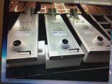 Nuovo indicatore luminoso di via solare esterno della fabbrica di modello di Bluesmart con la macchina fotografica del CCTV