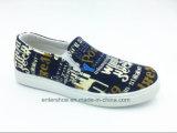 Zapatos de lona de los hombres de la inyección del precio bajo con resbalón en (ET-YJ160241M)