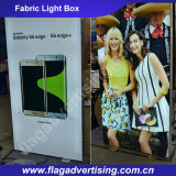 Fácil entregar e instalar o diodo emissor de luz da tela que anuncia a caixa leve