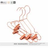 Rose Gold Séchage en métal en fil de vêtements avec des clips