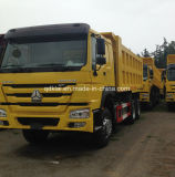 Sinotruck HOWO 6X4 10の車輪のダンプカートラックの価格