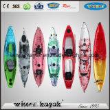 El plástico de LLDPE se sienta en kajak de la pesca de lago canoe