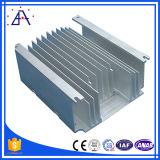 さまざまな突き出されたアルミニウムラジエーターかアルミニウム脱熱器