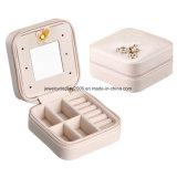 Миниая портативная коробка хранения PU ювелирных изделий кольца ожерелья серег застежка-молнии с зеркалом (