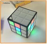 Altavoz mágico cuadrado sin hilos ligero de Bluetooth del cubo del LED mini