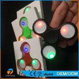 Il tri giocattolo del filatore di irrequietezza con il LED illumina il filatore della mano