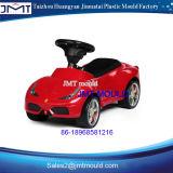 プラスチック赤ん坊の電気自動車型