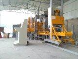 Tijolo \ bloco concretos (manuais) do cimento Qft3-20 que faz a máquina