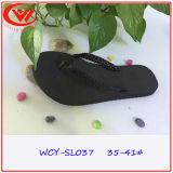 Chaussures de santals de poussoir de femmes de mode de bascule électronique de plage d'été