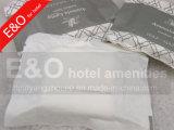 Mini jabón del hotel del baño cuadrado disponible