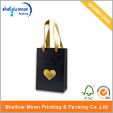 Saco de papel quente Matte preto luxuoso de carimbo de ouro (QY150284)
