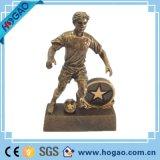 Polyresinのサッカーおよびボクシングのスポーツマンの置物の彫像