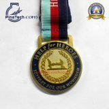 빛나는 금 완료를 가진 최고 마라톤 스포츠 메달