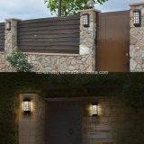 Lumières solaires de DEL de mur imperméable à l'eau de jardin extérieures