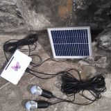 A iluminação solar do diodo emissor de luz dos mercados rurais ilumina o sistema das lâmpadas com a qualidade do TUV aprovada