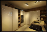 Kitchen Furnitureの2015年のWelbom Lacquer Modern White Kitchen Cabinet