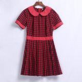 女の子のための短い袖の中学校の均一服