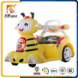 2016 Симпатичный мультфильм дизайн Новая модель Fashinal младенца Электрический автомобиль с высоким качеством в дешевой цене популярны в Китае