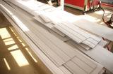 PVC下見張りの天井か壁パネルの放出ライン(JG-GB)