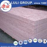 Panneau de brin de /Oriented des prix du panneau OSB3 de groupe de la Chine Luli