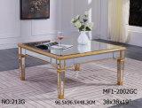 居間の明確なミラーが付いている特別なコーヒーテーブル