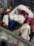 본래 간접적인 스웨터, 가마니에 있는 사용된 옷