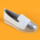 Chaussures blanches d'unité centrale de la mode des femmes et argentées en cuir d'espadrilles de plate-forme