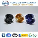 Kundenspezifisches Aluminiumprofil für Kühlkörper mit der Anodisierung und der maschinellen Bearbeitung