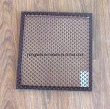 Vetro isolato di ceramica di colore con i reticoli decorativi e la funzione termica