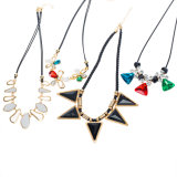 De Juwelen van de Halsband van de Nauwsluitende halsketting van de Bloem van de Diamant van het Kristal van de manier