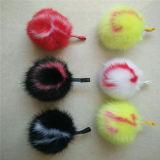 新しい文字袋の魅力の毛皮の球の総合的な毛皮の吊り下げ式ののどPOM