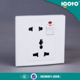 Enchufe múltiple británico del interruptor de la pared del estilo y de socket de 5 Pin
