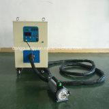 金属の熱処理のための手持ち型の誘導加熱装置