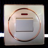 Interruttore elettrico di standard britannico per la decorazione ed il controllo di illuminazione