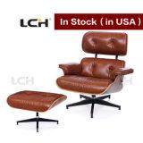 Cadeira & otomano modernos da sala de estar de Brown Eames do desenhador