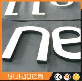 Segno acrilico superiore delle lettere di Frontlit LED del grado