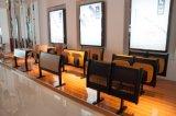 학교 가정 가구 교실에 있는 고정되는 학생 책상 그리고 의자 가구