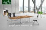 Moderner einfacher Entwurfs-gerader Büro-Konferenz-Versammlungstisch mit Metallfuß