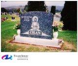 Scultura Mano-Intagliata del granito sulla pietra tombale del cimitero