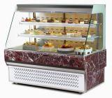 정면 열려있는 케이크 전시 냉장고