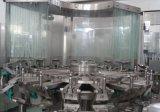 Relleno que se lava Cgf32-32-10 capsulando tres en una máquina de rellenar del agua de 15000bph 500ml