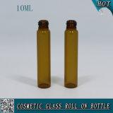rullo di vetro ambrato 10ml sulla bottiglia con il rullo dell'acciaio inossidabile e della protezione di plastica nera
