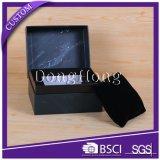 Rectángulo de regalo del reloj del papel de la textura del diseño del cajón con la almohadilla del terciopelo