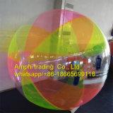 Bola inflable clara del agua para los juegos de la piscina de agua