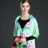 Buttons&#160の緑のデジタル印刷のスカーフのショール;