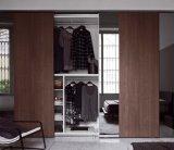 أسلوب كلاسيكيّة خشبيّة [سليد دوور] خزانة ثوب مقصورة مع مرآة